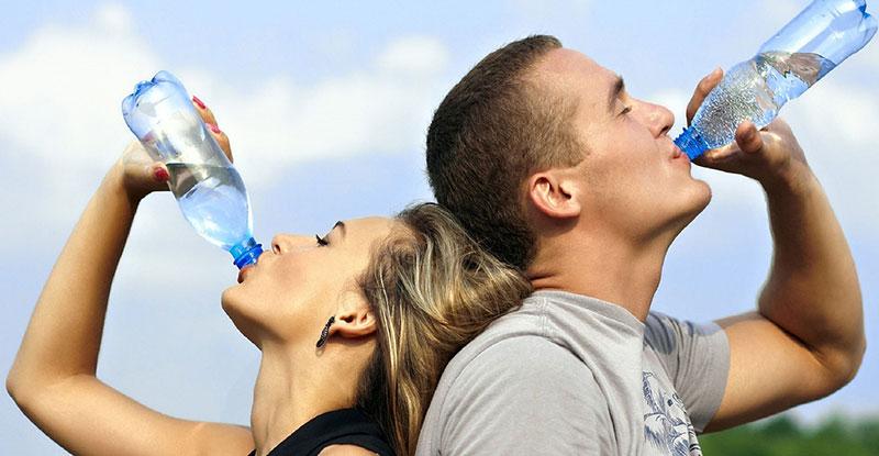 Drik masser af vand